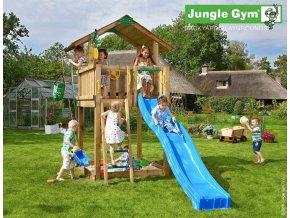 Jungle Chalet s modrou šmýkačkou